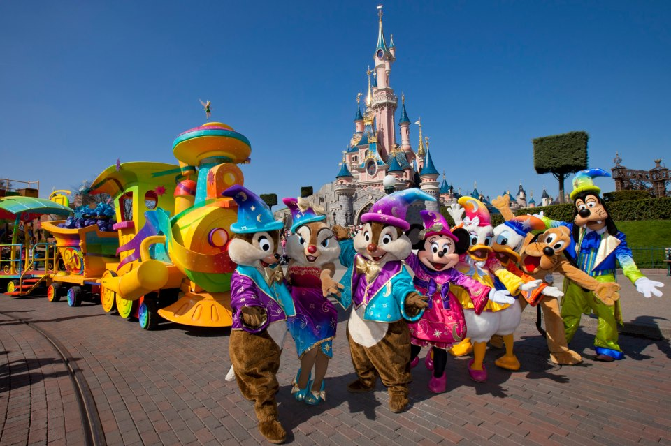 hong kong disneyland human resources management Job opportunities members are welcome  ymca of hong kong: 2018-10-08: human resources assistant:  hong kong disneyland: 2018-10-03: human resources officer.